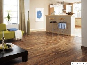 Panele drewniane Tarkett Viva Orzech 3-lam 8581002
